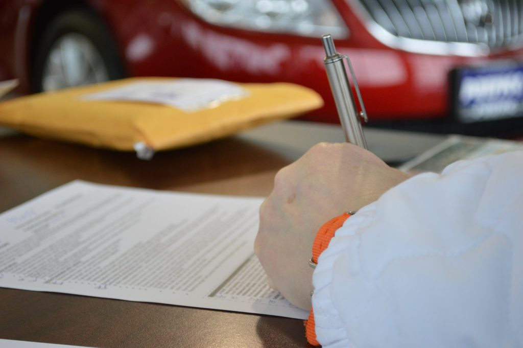 """Canadians Warned About Ghost Brokers Selling """"Fake"""" Auto Insurance"""